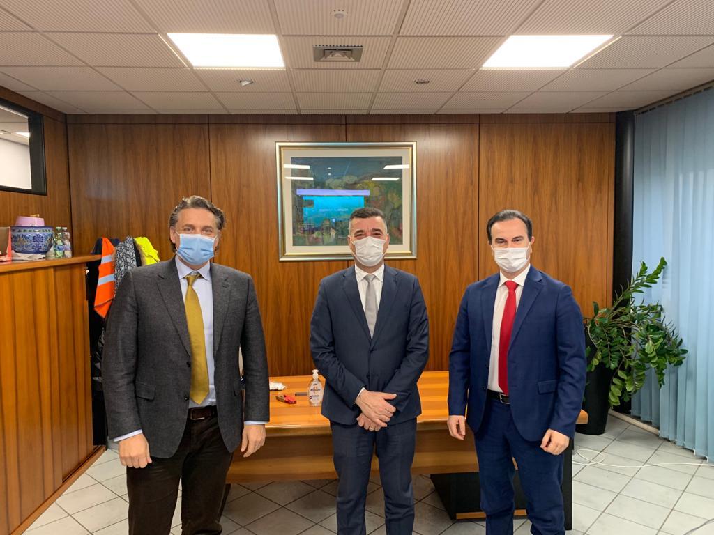 da sinistra: Francesco Canè (amministrtore delegato), Antonio Campri (presidente) e Amedeo Fanti (direttore amministrazione e finanzia)